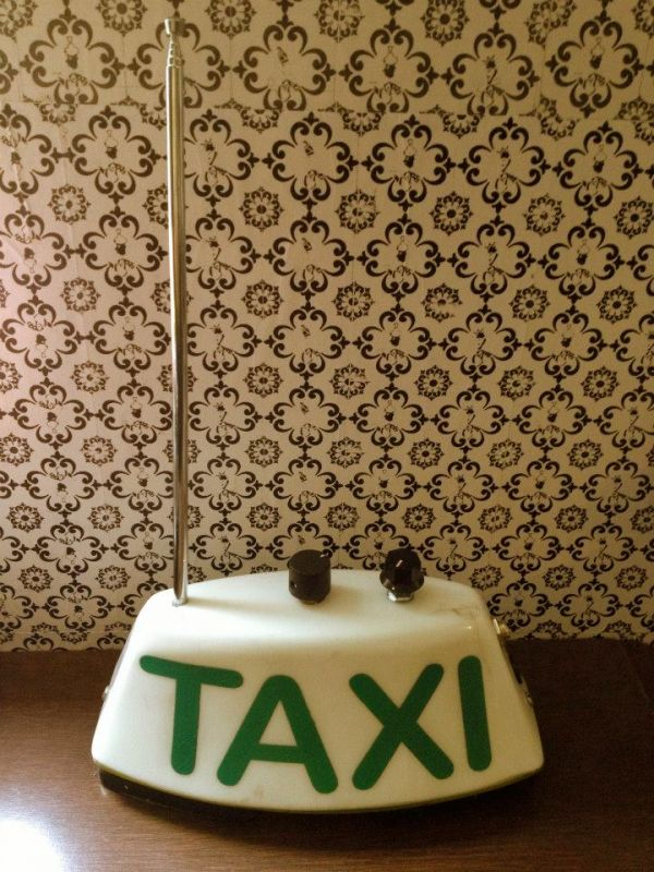 theremin taxi